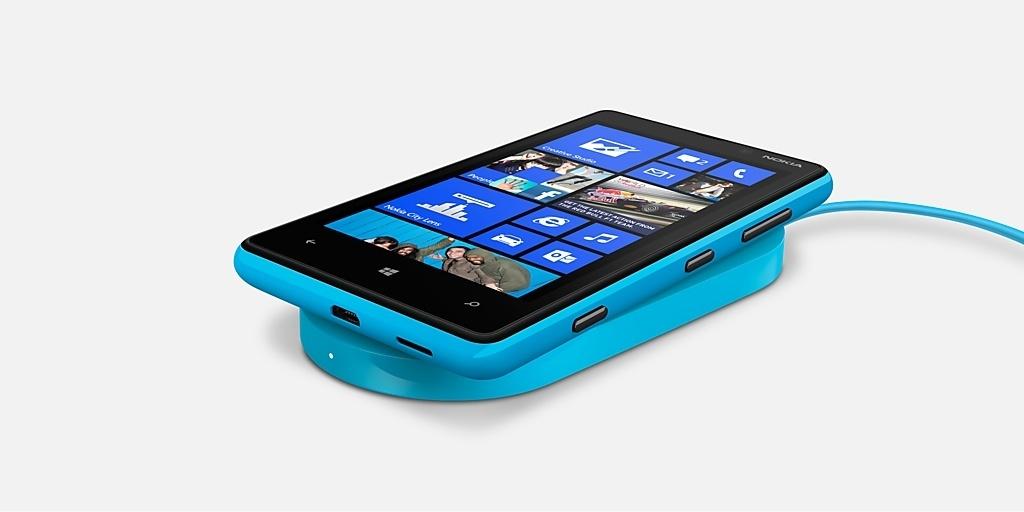 Nokia-Lumia-820-Titel