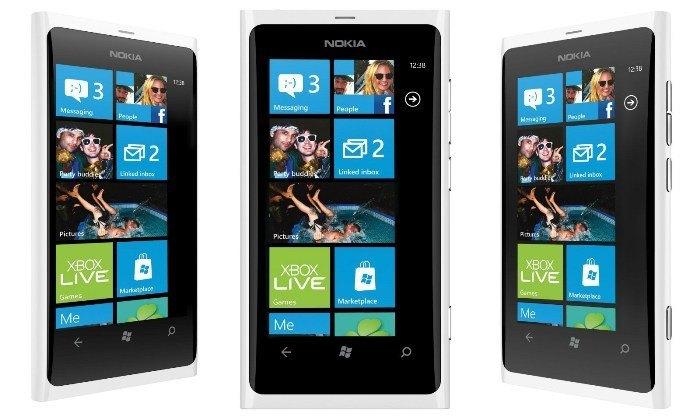 White-Nokia-Lumia-800