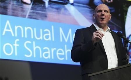 190932-microsoft-chief-executive-steve-ballmer-speaks-to-attendees-during-mic