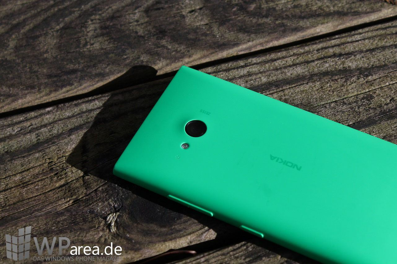 Lumia Lumia 735 grün green review back 1