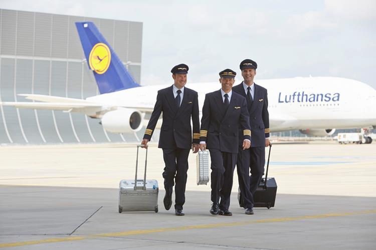 Die Lufthansa schafft 5.000 Surface Pro 3 für ihre Piloten an / Informationen zu BordConnect