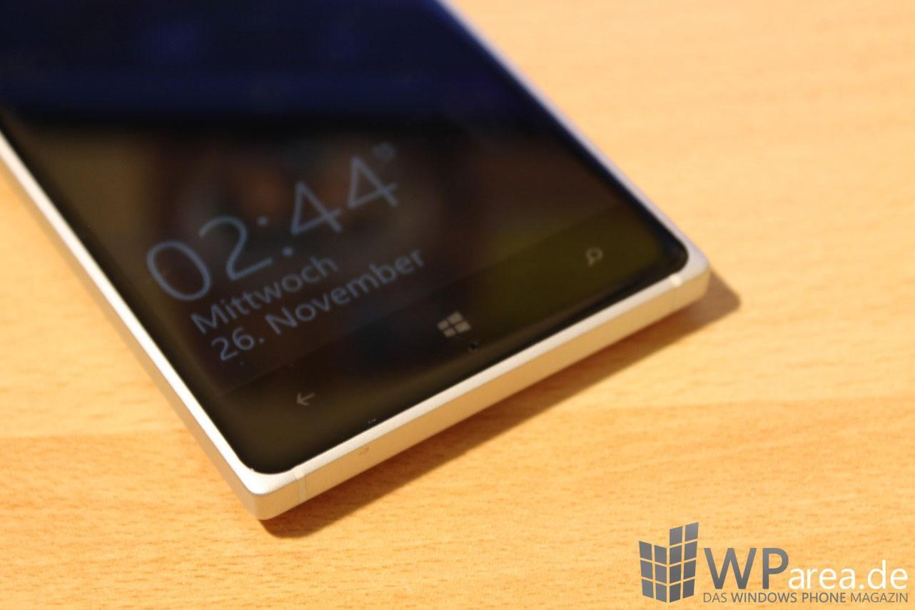 Nokia Lumia 830 Review Glance Screen Windows Button