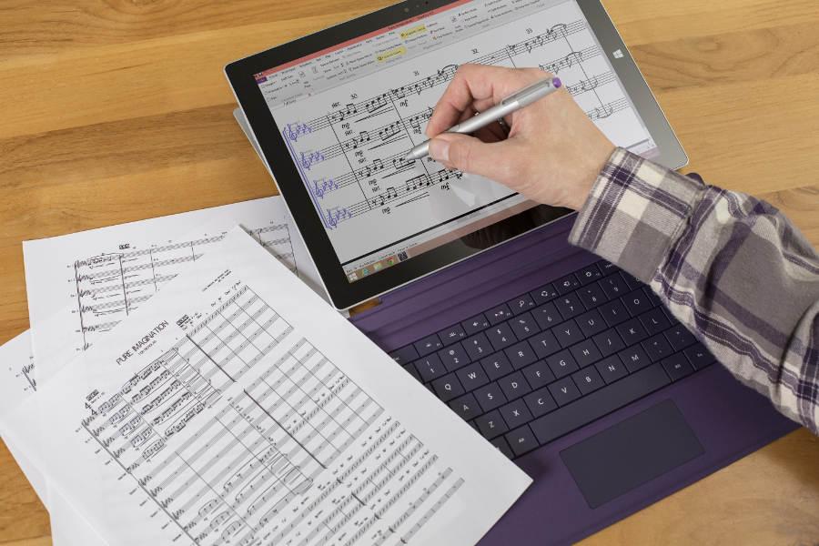 Sibelius_SurfacePro_Hand_Stylus_900