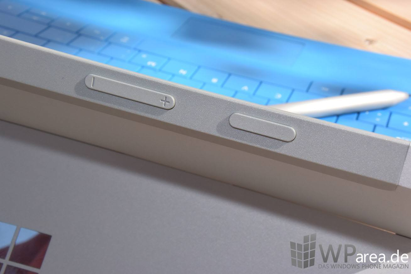 Surface 3 Review Buttons closeup