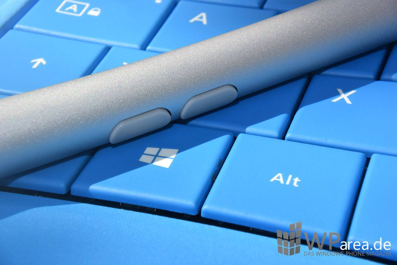 Surface 3 Review Surface Pen Buttons closeup Tastatur