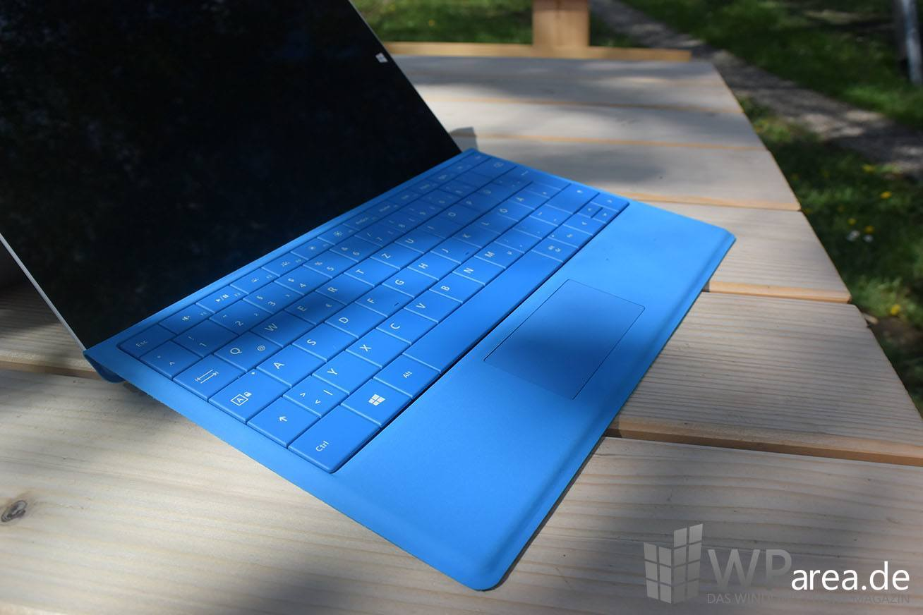 Surface 3 Review Tastatur TypeCover blau