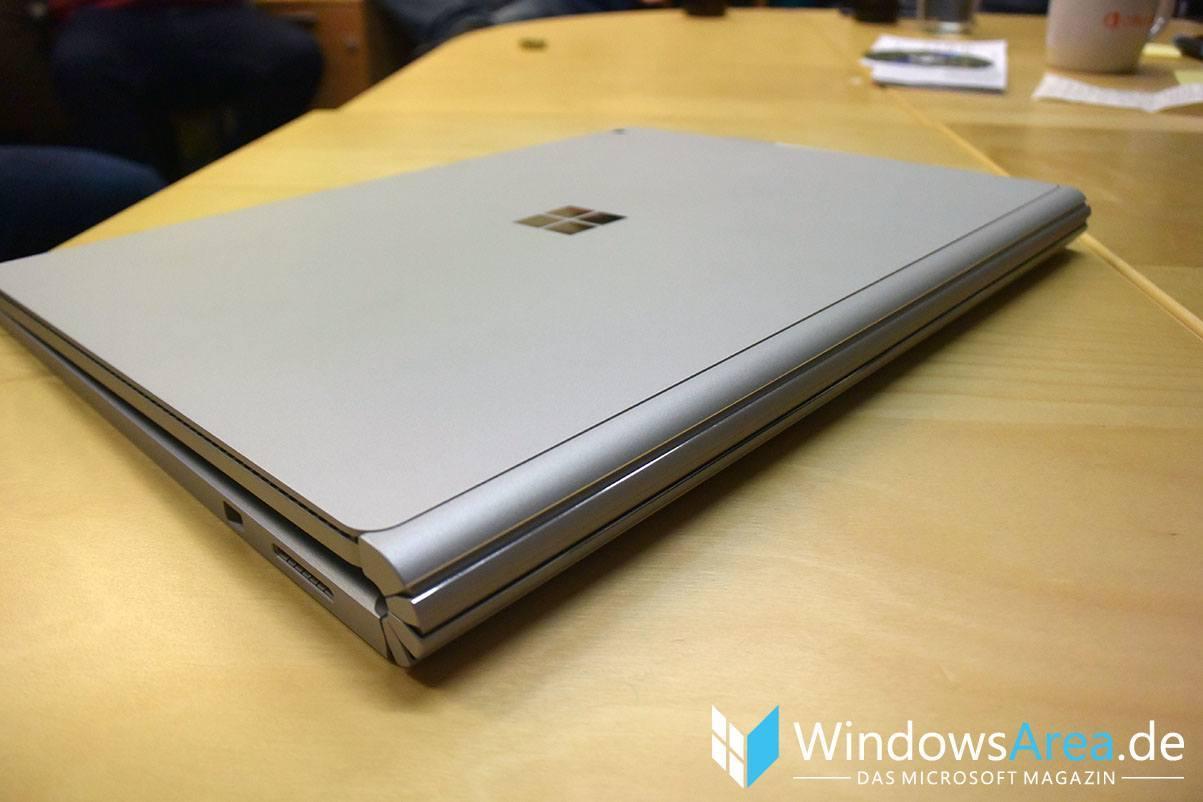 Microsoft Surface Book rückseite zugeklappt