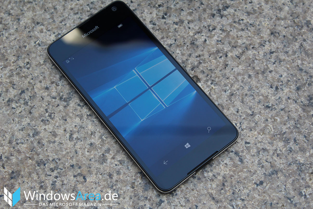 Microsoft Lumia 950 im Test Front Display