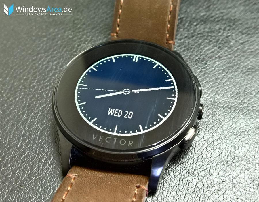 Vector-Luna-Smart-Watch_Display