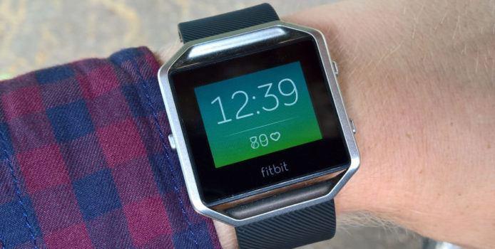 Fitbit sucht Beta-Tester für Anruf-, SMS-Benachrichtigungen & GPS