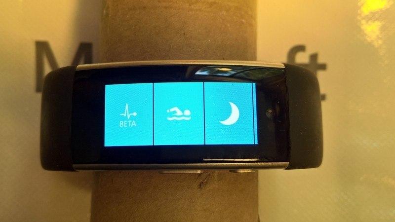 microsoft-band-3-display