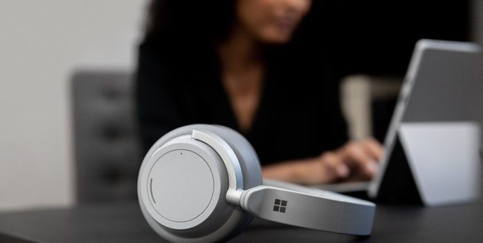Microsoft Surface Headphones erhält erstes Firmware-Update
