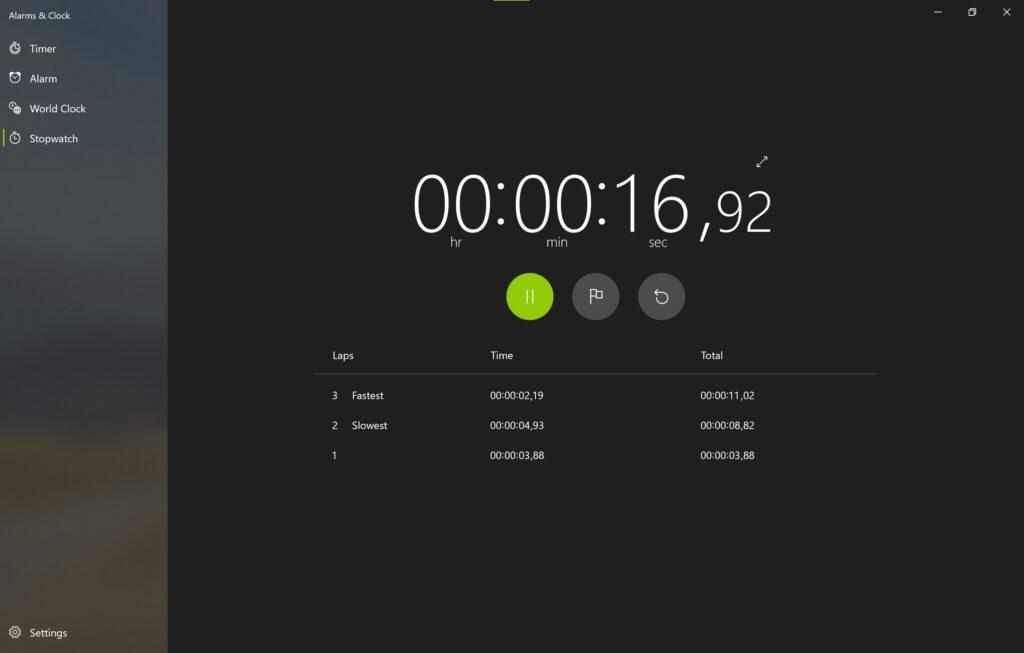 Screenshot der Alarm & Uhr App im Sun Valley Design im Reiter Stoppuhr
